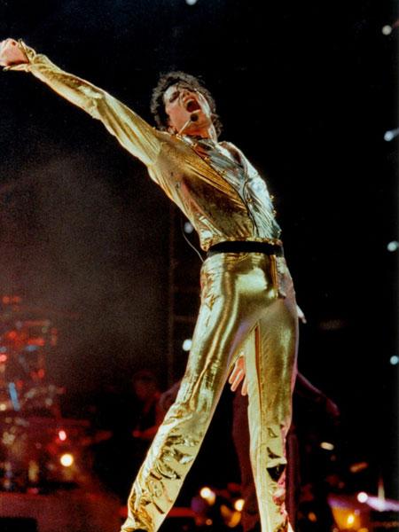 Paralelismos entre Elvis Michael Mike_gold