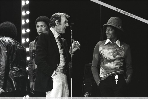 1977-TVShowRehersalsLondon5.jpg