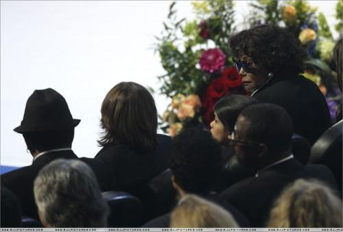 Michael Jackson's Memorial (30)